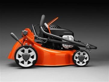 fahrzeuge und motorger te richter gmbh rasenm her benzin husqvarna lc 140 s benzinm her mit. Black Bedroom Furniture Sets. Home Design Ideas